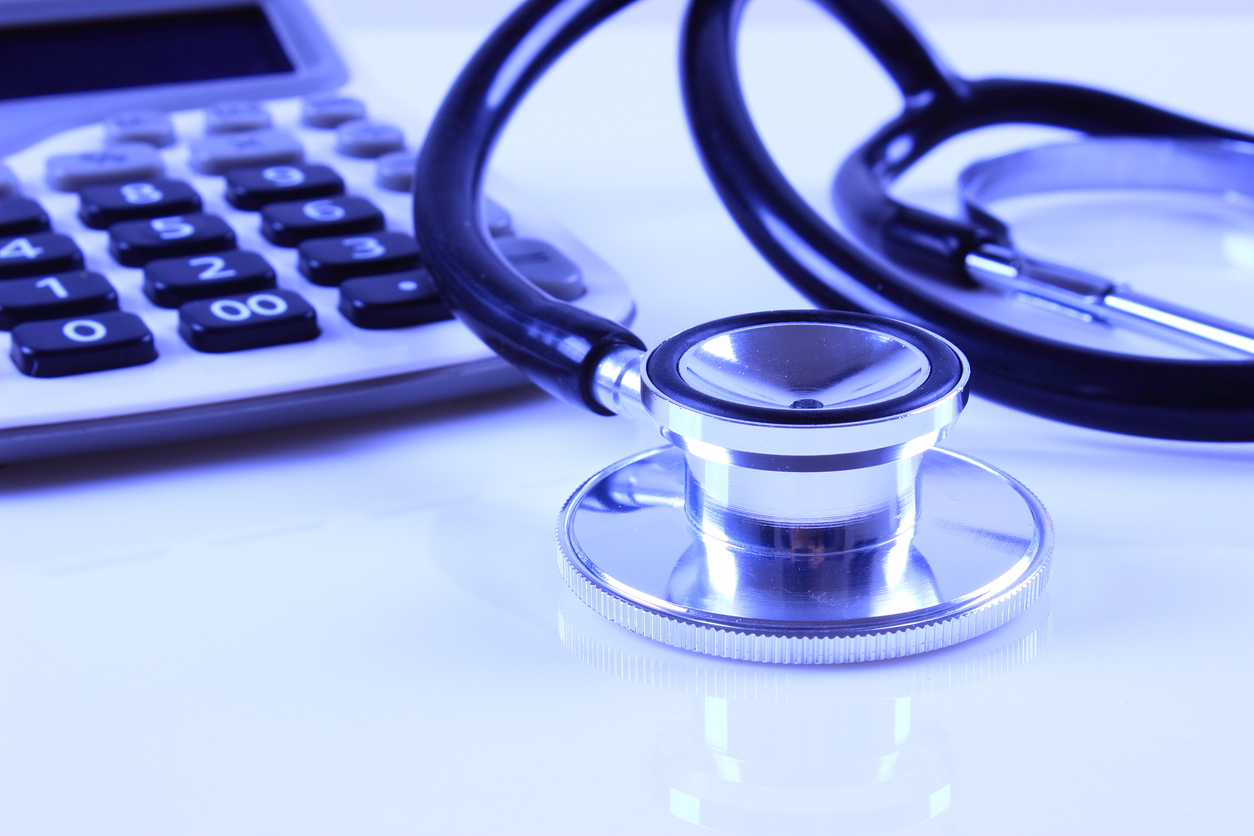 American doctors expect to save money under new US tax law | CMAJ News